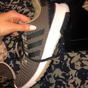 Worn once adidas sneakers!!